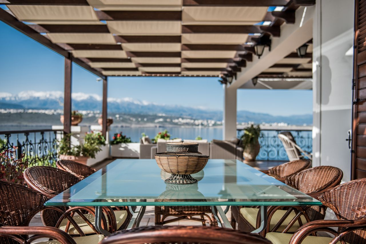Veranda view, dining area