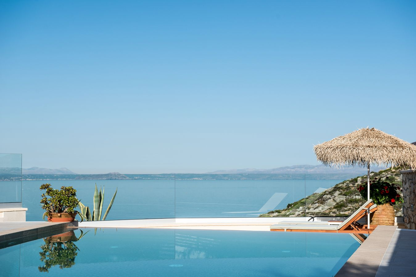 Private Pool View